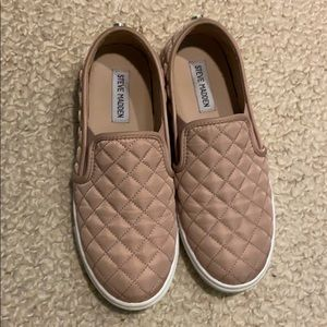 Steve madden slip on shoes